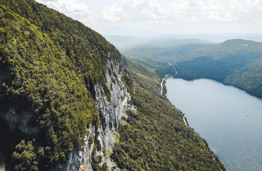 Vue du Lac Willoughby depuis le Mont Pisgah
