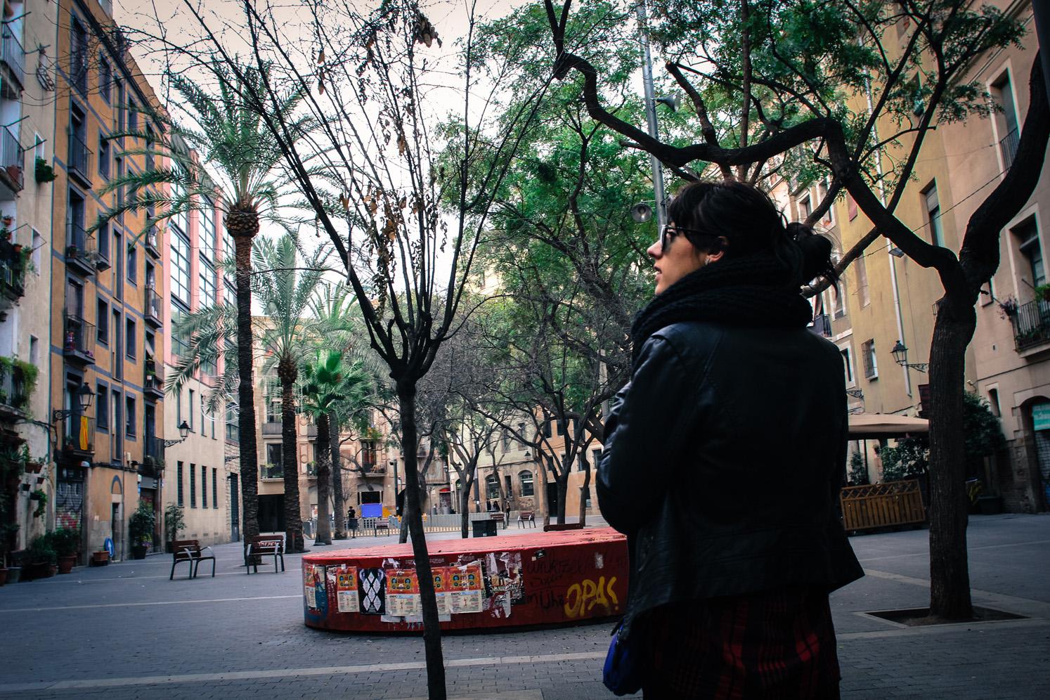Une place de Barcelone de nuit, Côté Hublot