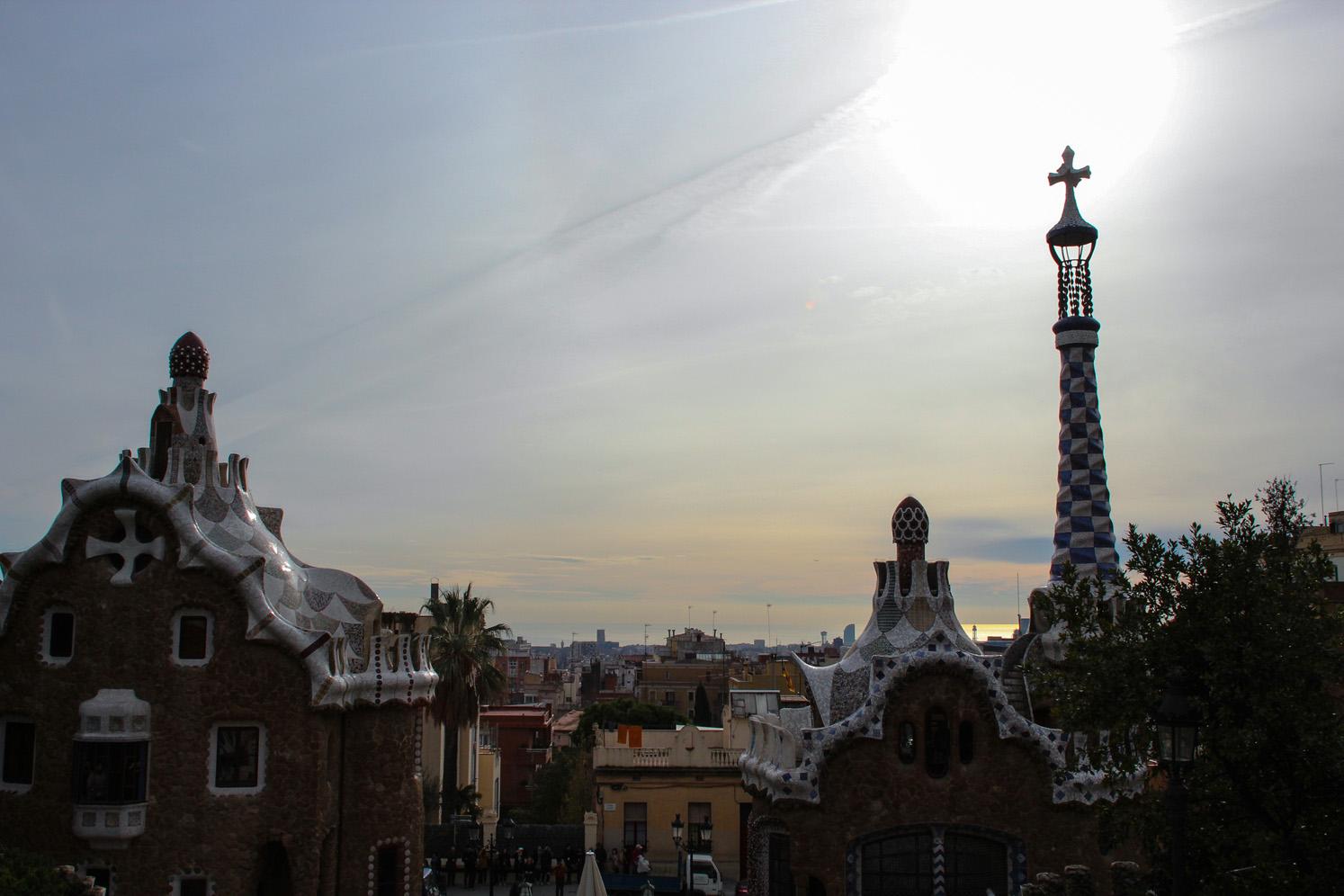Vue depuis le Parc Guell à Barcelone, Côté Hublot
