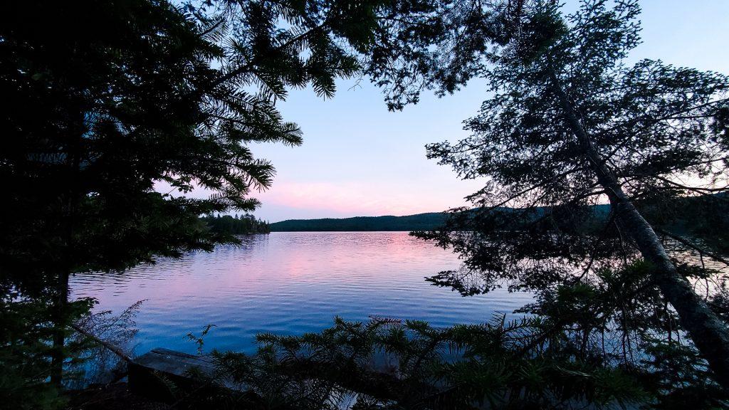 Les couleurs du soir sur le Réservoir Kiamika