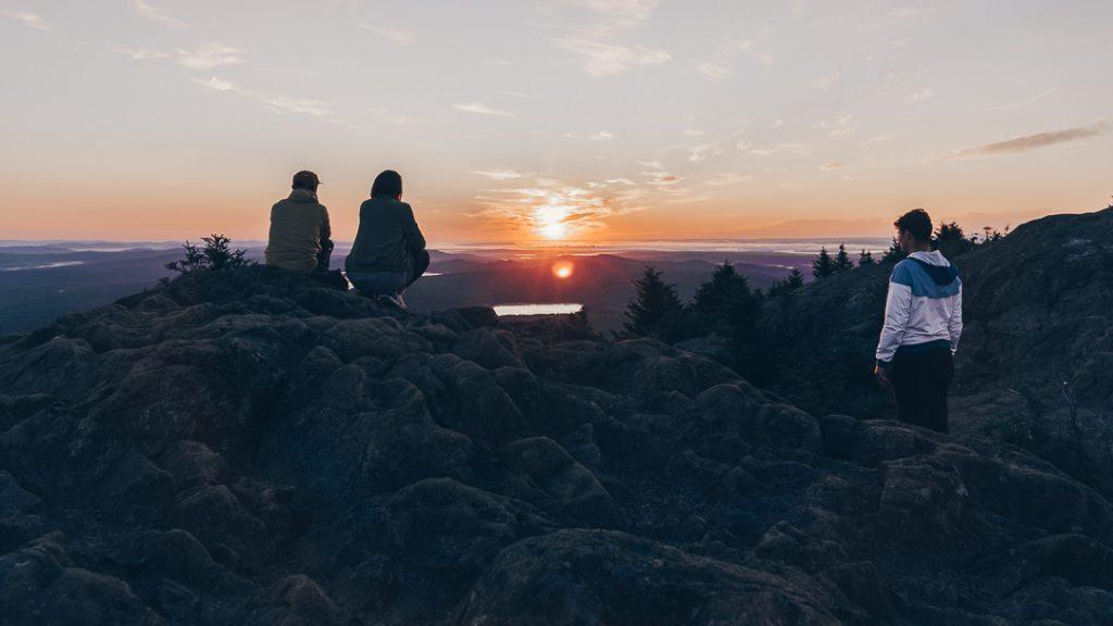 Lever de soleil depuis le Mont-Ham, par Côté Hublot